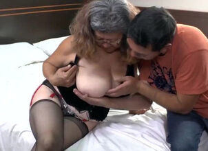 Mature latina tube