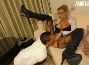 Hot stepmom seduce