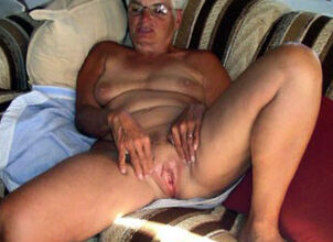 Hot grannies nude