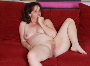 Mom with dildo